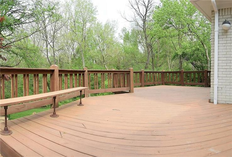4060 CROOKED CREEK OVERLOOK Street Indianapolis, IN 46228 Photo 5