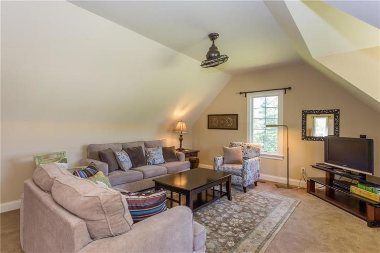 11628 Willow Springs Drive Zionsville, IN 46077 | MLS 21569758 | photo 34
