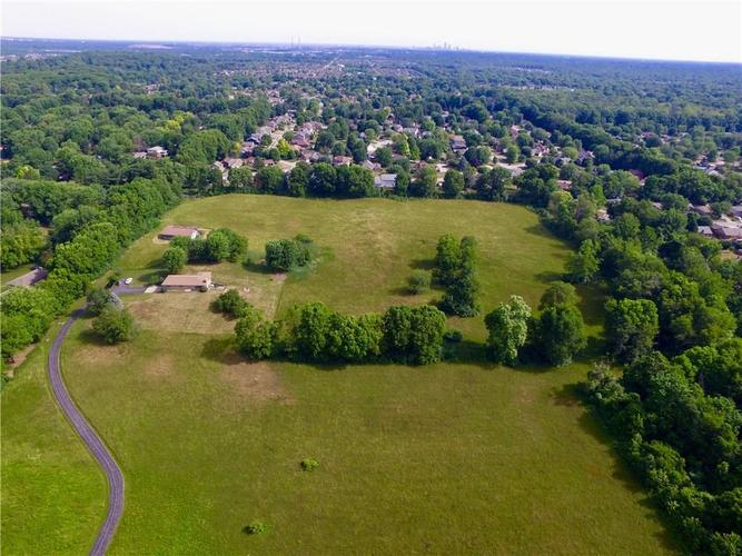 1366 W County Line Road Indianapolis, IN 46217 | MLS 21573164