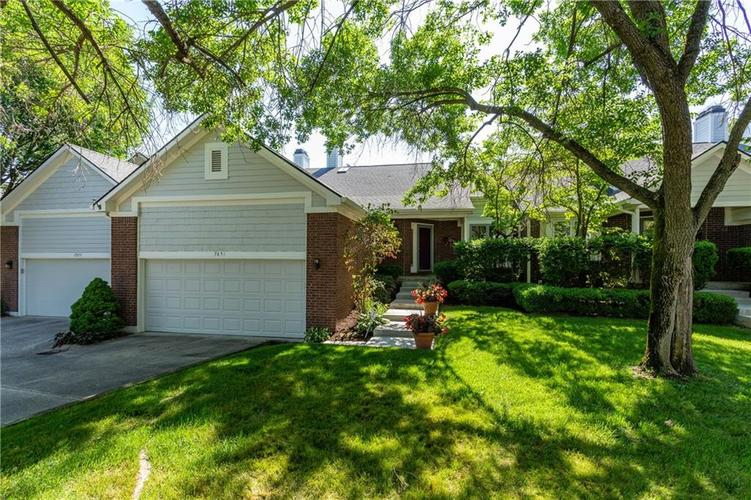 7851 Clearwater Cove Drive Indianapolis, IN 46240  | MLS 21573299