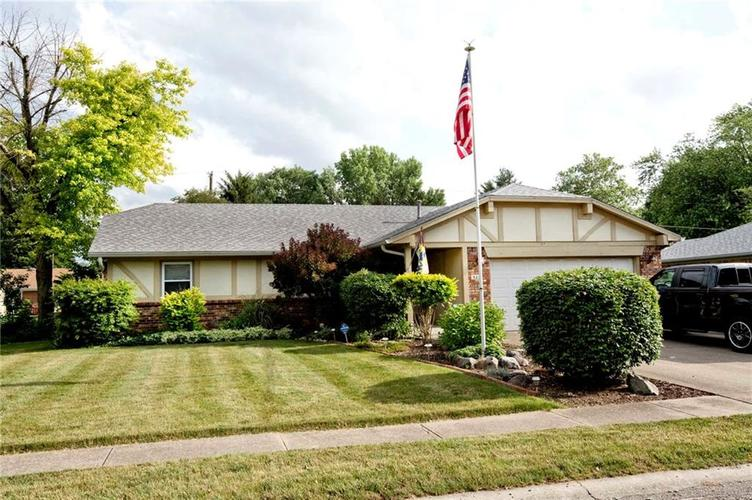 523  Pioneer Drive Indianapolis, IN 46217 | MLS 21573915