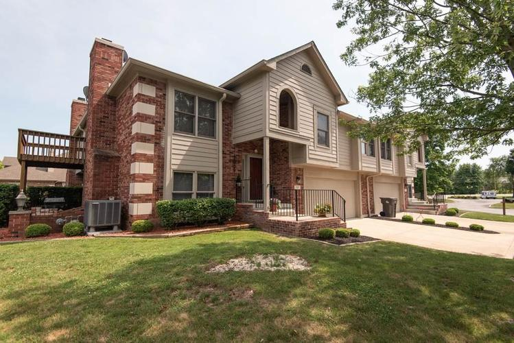 8955  Stonegate Road Indianapolis, IN 46227 | MLS 21574999