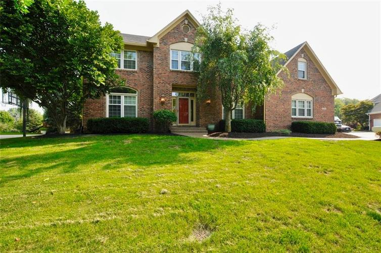 10554  Chestnut Hill Circle Fishers, IN 46038 | MLS 21576781