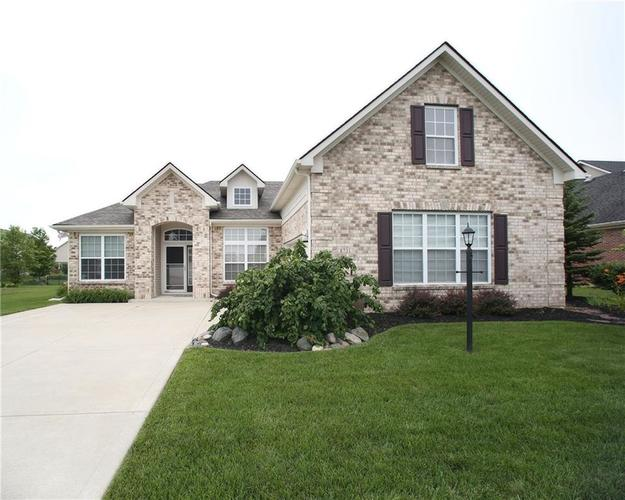 8731 N Emerald Boulevard McCordsville, IN 46055  | MLS 21576820