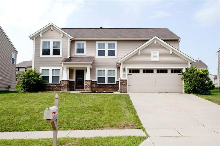 5307  Misthaven Lane Greenwood, IN 46143 | MLS 21577488