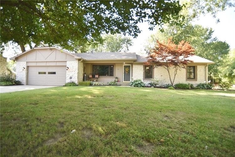 125  LILAC Circle Greenwood, IN 46142 | MLS 21578147