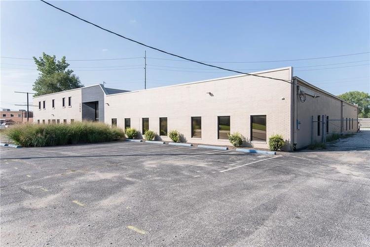 3960 Southeastern Avenue Indianapolis, IN 46203   MLS 21581254   photo 2