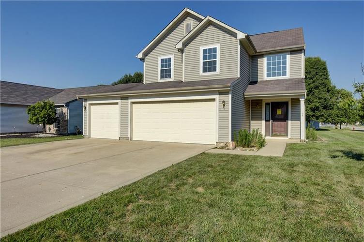 5987  Gadsen Drive Plainfield, IN 46168 | MLS 21581444