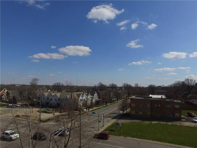 701 E 16th Street Indianapolis, IN 46202 | MLS 21582031 | photo 2