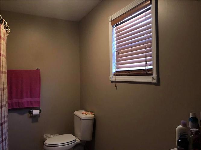 1654 W Lake Hideaway Road Kingman IN 47952 | MLS 21582445 | photo 20