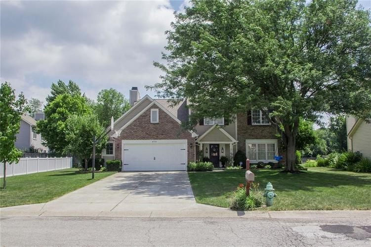 8759  WOODSTONE Drive Indianapolis, IN 46256 | MLS 21582538
