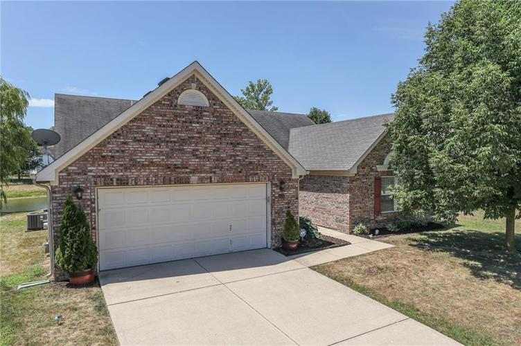 5849  COLUMBIA Circle Greenwood, IN 46142 | MLS 21583113