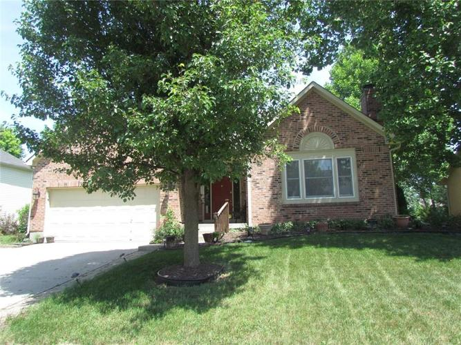 9373  Hadway Drive Indianapolis, IN 46256 | MLS 21583247