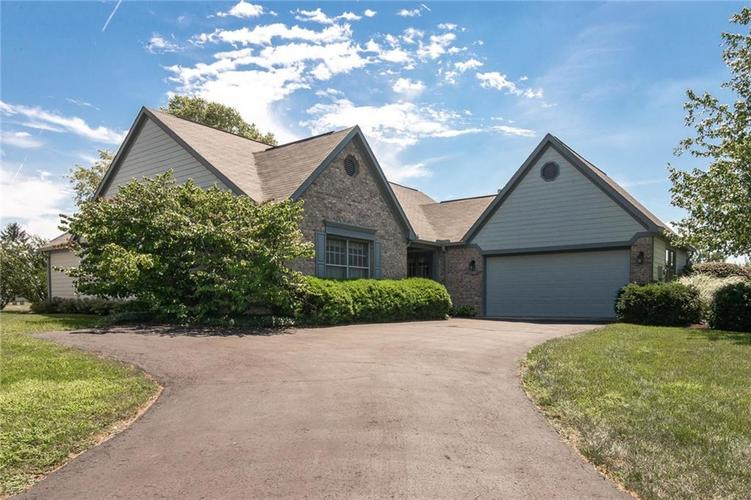 7507  Newport Bay Drive Indianapolis, IN 46240 | MLS 21583714