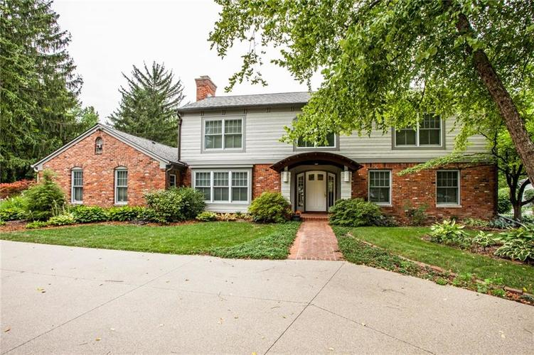 8162 Round Hill Court Indianapolis, IN 46260 | MLS 21583828 | photo 1