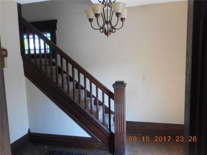 715 S 14th Street New Castle, IN 47362 | MLS 21584645 | photo 5