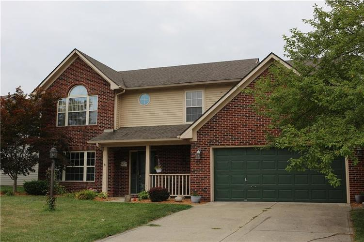 1219  New Amsterdam Drive Greenwood, IN 46142 | MLS 21584955