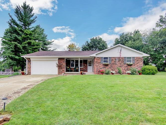 596  Watterson Court Indianapolis, IN 46217 | MLS 21585308