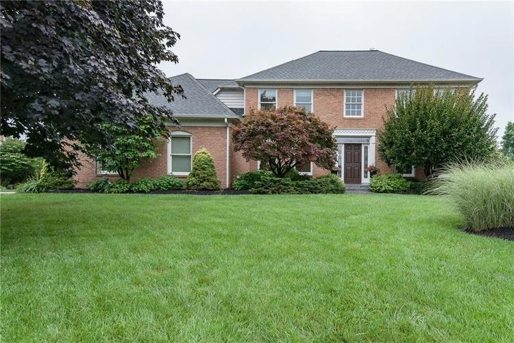 1521  Continental Drive Zionsville, IN 46077 | MLS 21588774