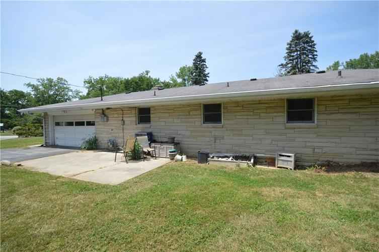 6807  Todd Road Avon, IN 46123 | MLS 21589264