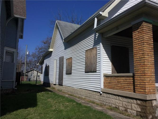 224 N Temple Avenue Indianapolis IN 46201 | MLS 21589365 | photo 2