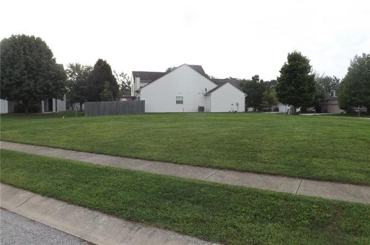 3956  Towhees Drive Indianapolis, IN 46237 | MLS 21590414
