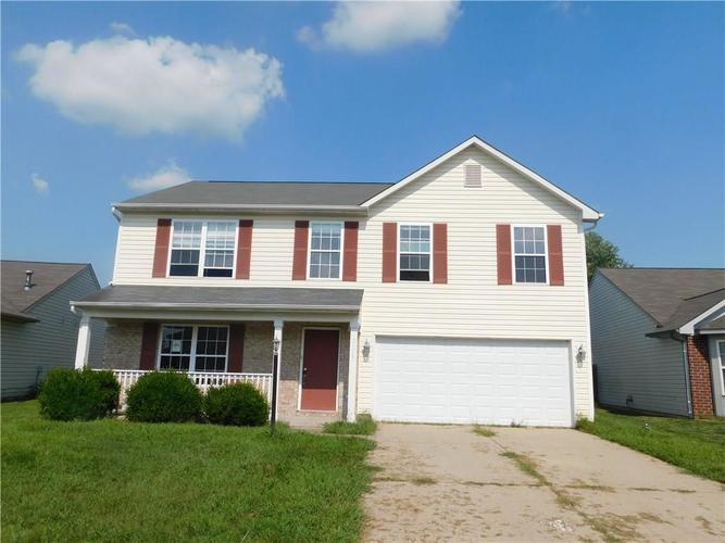 3167 ROLLING KNOLL LN Columbus IN 47201 | MLS 21590872 | photo 1