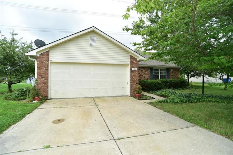 11709  Shannon Pointe Road Indianapolis, IN 46229 | MLS 21590937