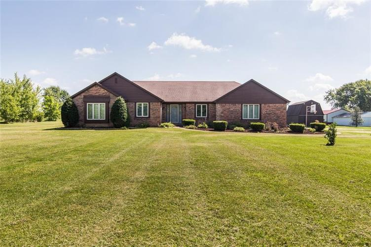 5838 N London Road Fairland IN 46126 | MLS 21591813 | photo 1