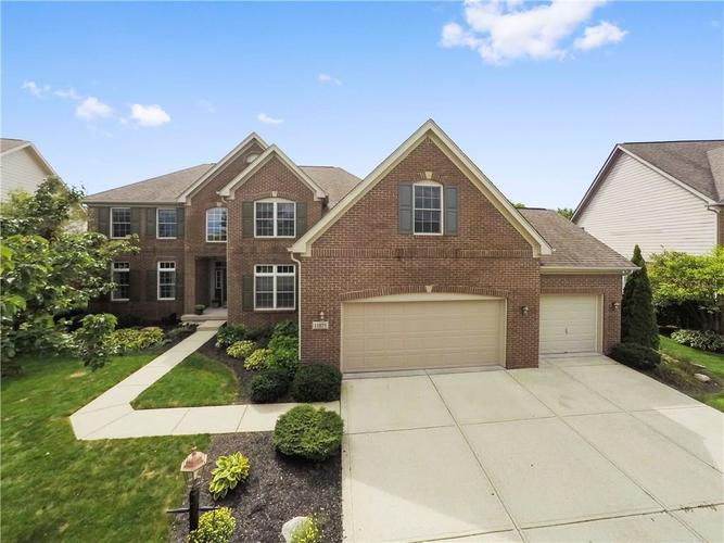 11875 Floral Hall Place Fishers IN 46037   MLS 21591940   photo 1