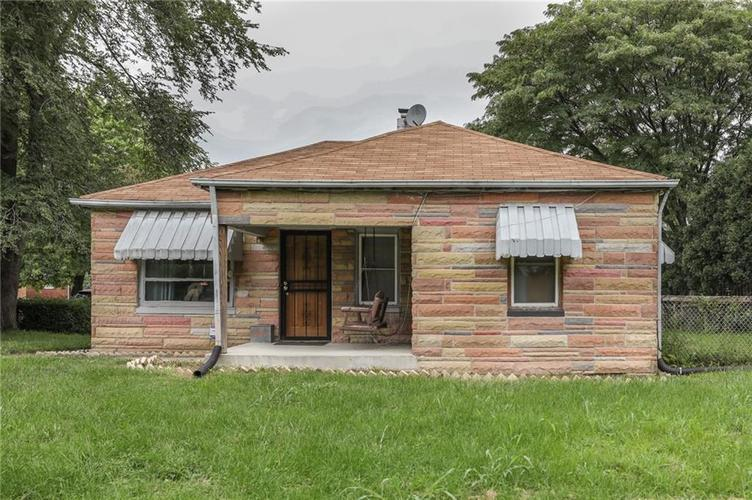 5852 E 18th Street Indianapolis, IN 46218 | MLS 21591955 | photo 1