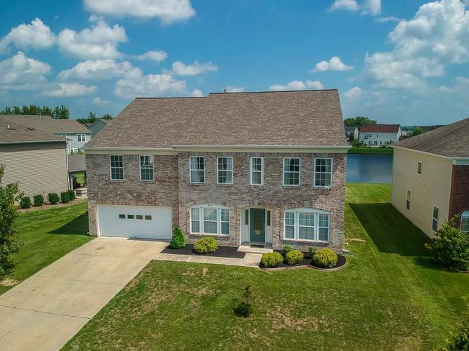 325  Dougherty Lane Greenwood, IN 46143 | MLS 21591997