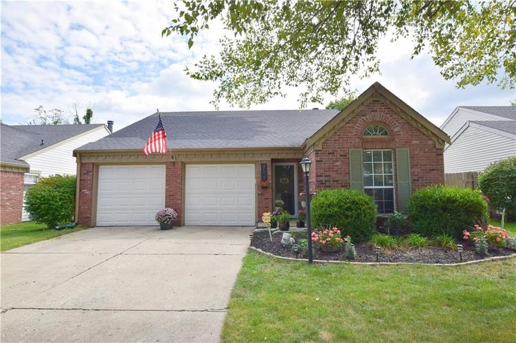 9507  Colony Pointe East Drive Indianapolis, IN 46250 | MLS 21593265
