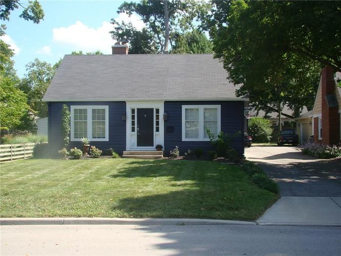 5945  Kingsley Drive Indianapolis, IN 46220 | MLS 21593371