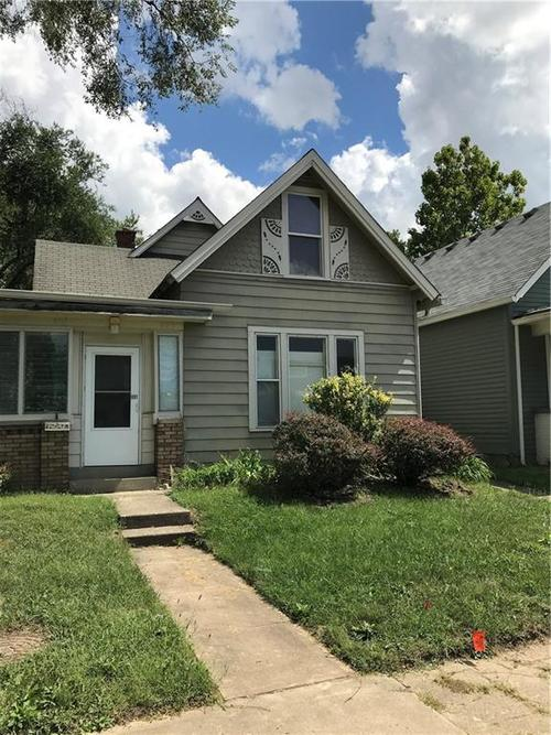 803  Spruce Street Indianapolis, IN 46203 | MLS 21593491