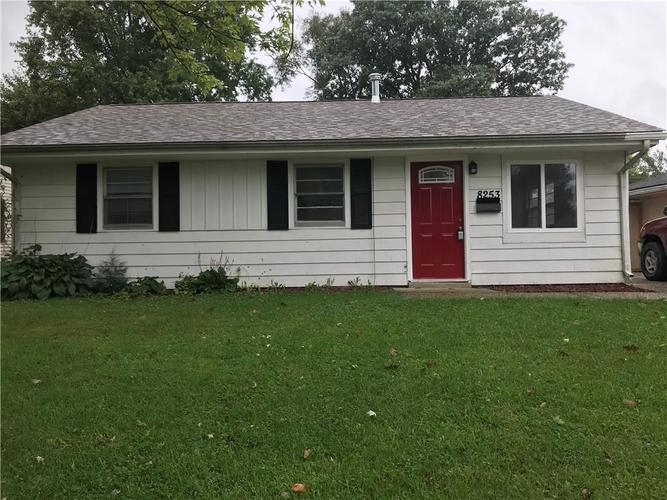 8253  PATTON Drive Lawrence , IN 46226 | MLS 21593760