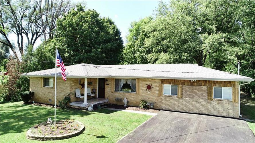 3844  WILDWOOD Drive Indianapolis, IN 46239 | MLS 21593946
