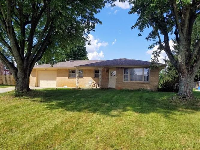 406 Stoner Drive Anderson IN 46013 | MLS 21594140 | photo 1