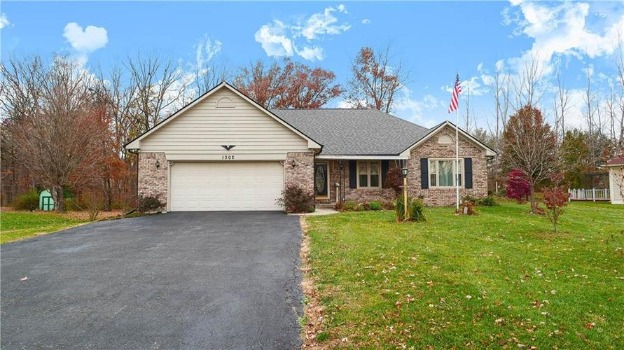 1302  Richwood Drive Avon, IN 46123 | MLS 21594714