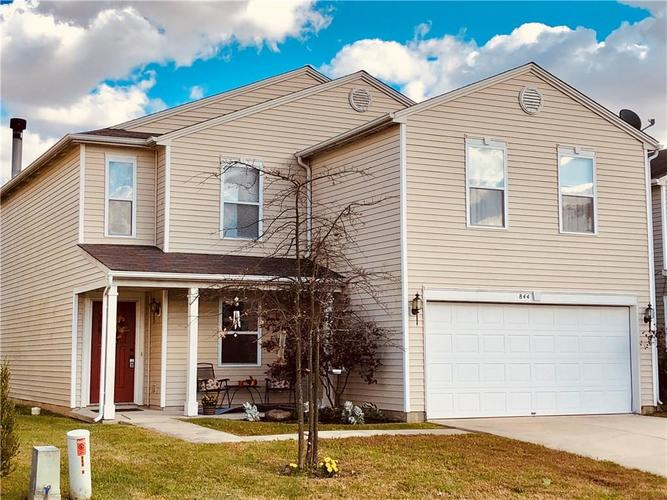 844  Olmsted Drive Shelbyville, IN 46176 | MLS 21594899