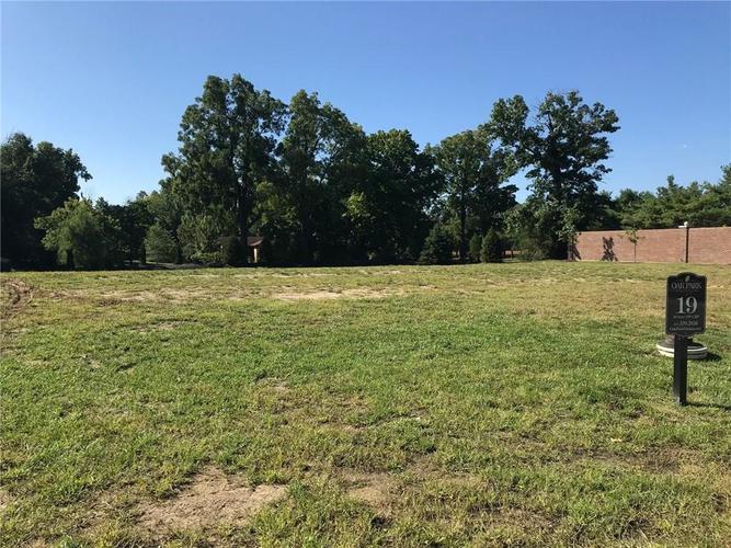 2601 Oak Way Trace Westfield, IN 46074   MLS 21595353   photo 2