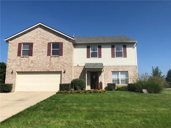 6116 W MORGAN Court New Palestine, IN 46163 | MLS 21595753 | photo 1