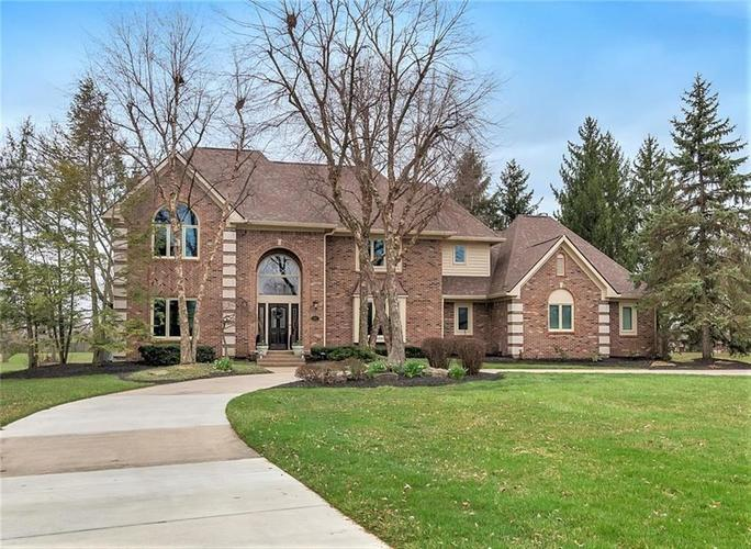 1875  Summerlakes Court Carmel, IN 46032 | MLS 21595911