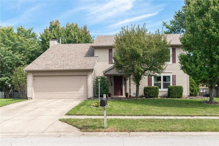 7936  FARLEY Place Fishers, IN 46038 | MLS 21595975
