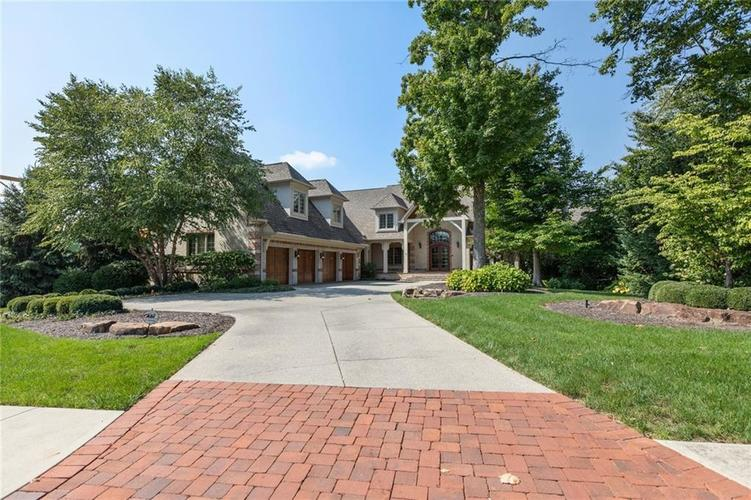 15606  HIDDEN OAKS Court Carmel, IN 46033 | MLS 21596655