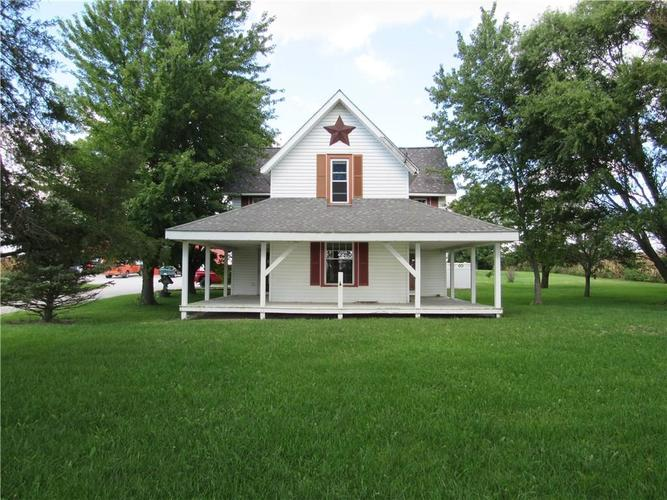 8128 E County Road 100  Frankfort, IN 46041 | MLS 21596748