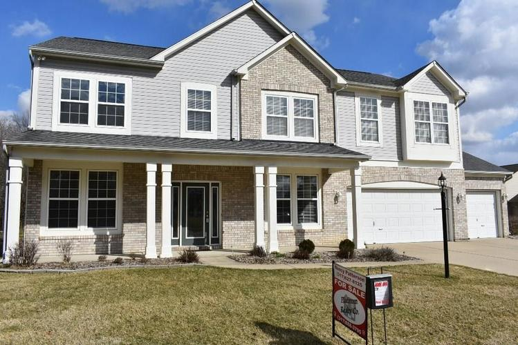 8009  Meadow Bend Lane Indianapolis, IN 46259 | MLS 21597310