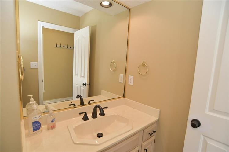 12256 SYDNEY BAY Court Indianapolis, IN 46236 | MLS 21597531 | photo 23