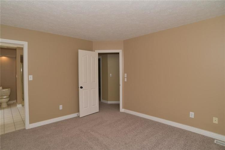 12256 SYDNEY BAY Court Indianapolis, IN 46236 | MLS 21597531 | photo 32