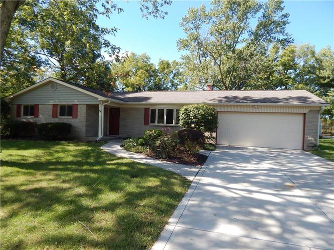 668 Russell Lake W Drive Zionsville, IN 46077 Photo 1